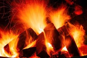open-fire-3879031_1920